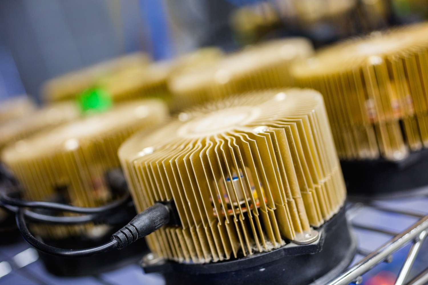 how to mine altcoins