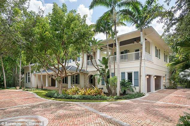 Miami mansions sold for 455 Bitcoins